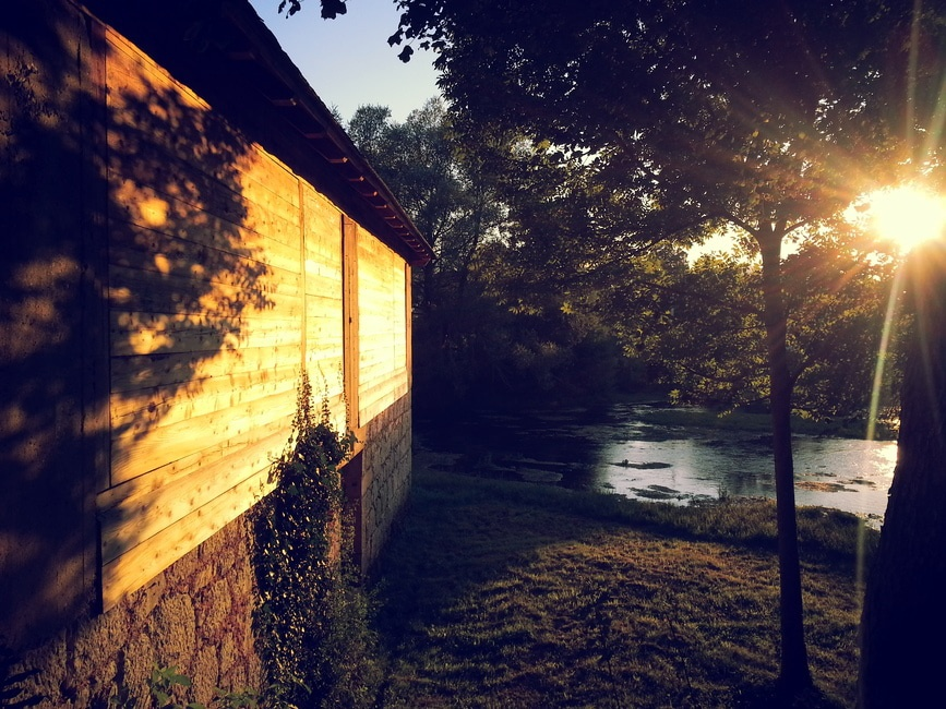 shutter-stock-cabin